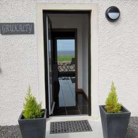 Grukalty-door